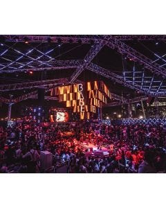 BASE Dubai - Akon - Friday February, 28